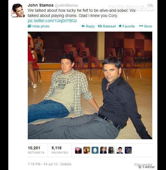 """""""Nous avons discuté de combien il se sentait heureux d'être en vie et sobre """"tweete John Stamos."""
