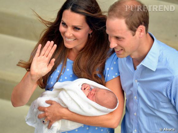 Kate Middleton et le Prince William présentent leur petit garçon.