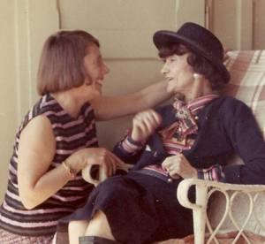 Des portraits et photos inédits de Coco Chanel exposés à Londres