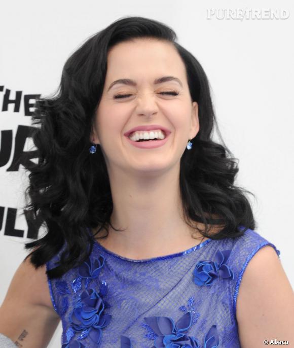 À voir Katy Perry éclater de rire sur tapis rouge, il est difficile de croire qu'elle puisse faire une fixette sur sa dentition !