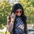 Kylie Jenner n'est pas très à l'aise en voiture, ou en tout cas c'est ce que nous montrait la télé-réalité des Kardashian.