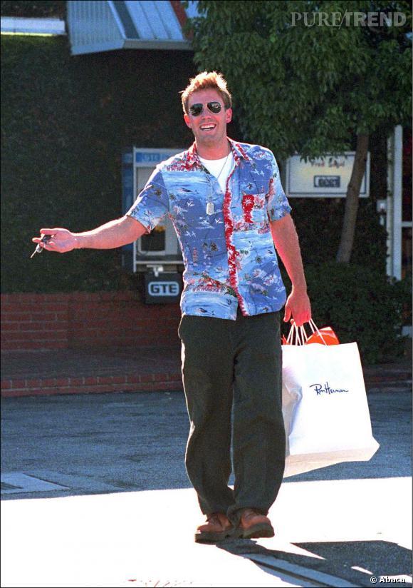 Le flop look de rue : Ben Affleck sort la chemisehawaïenne et c'est la catastrophe.