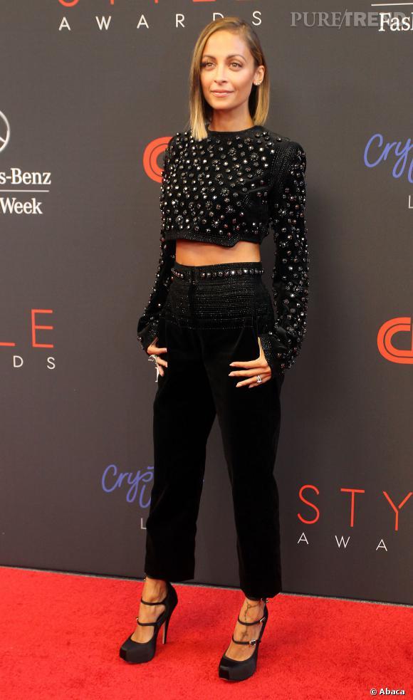 Nicole Richie aux Annual Style Awards porte un ensemble Antonio Berardi.