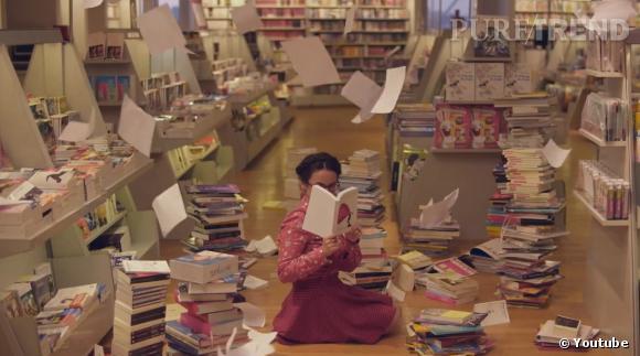 Chloé Le-Tan chamboule l'espace librairie du grand magasin parisien.