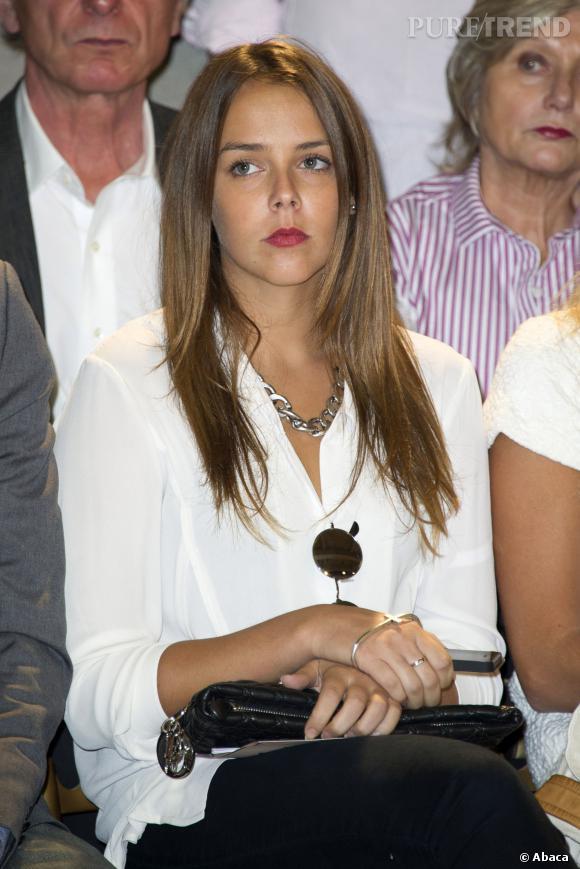 Pauline Ducruet, très sérieuse aux front rows de Alexis Mabille.