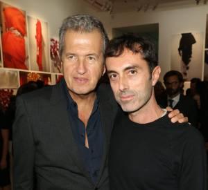 "Mario Testino et Giambattista Valli à la signature du livre ""Giambattista Valli""."