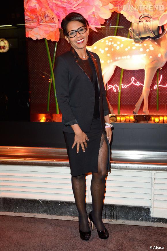 Audrey Pulvar mise sur une jupe ultra fendue pour la soirée Louis Vuitton du mardi 1er octobre au Bon Marché.