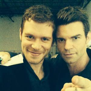 "Joseph Morgan et Daniel Gillies, le duo explosif de ""The Originals""."