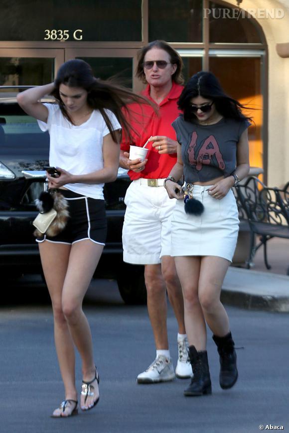 Bruce Jenner et ses filles face aux rumeurs de divorce et de séparation.