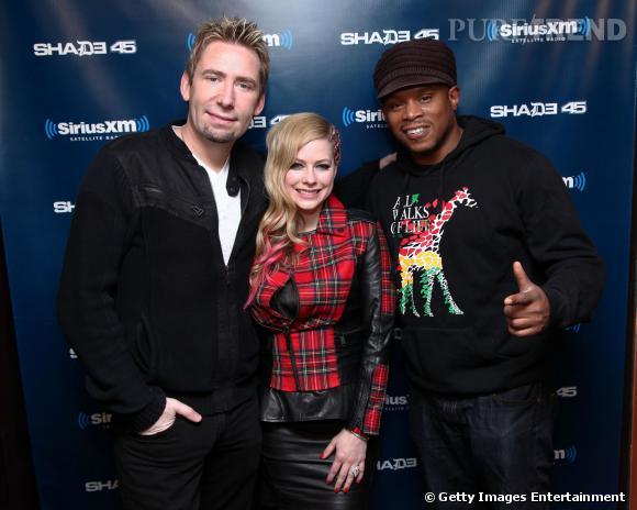 Avril Lavigne, son mari Chad Kroeger et le présentateur Sway à Sirius XM, à New York.