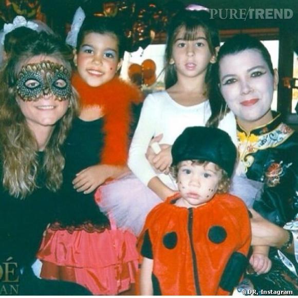 Kourtney Kardashian dévoile un Halloween plutôt vintage !