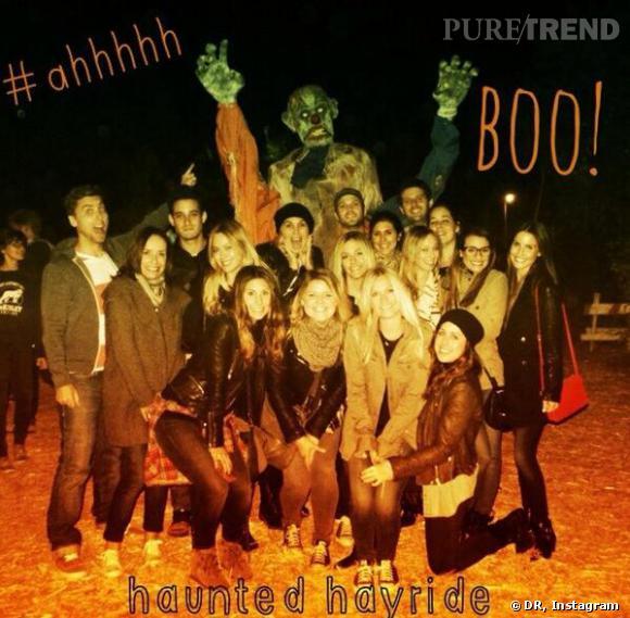 Lea Michele s'est fait peur avec des amis lors d'un parcours spécial Halloween.