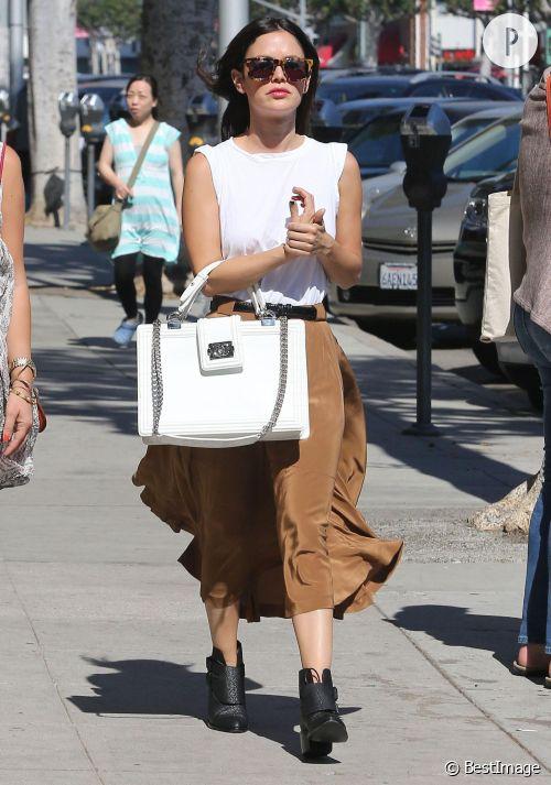 Rachel Bilson : un look rock et audacieux à shopper !