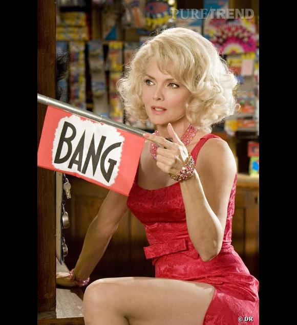 """Michelle Pfeiffer et son blond peroxydé dans """"Hairspray"""", sorti en 2007."""