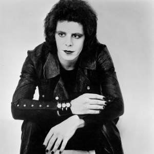 Lou Reed fait partie des monstres sacrés du rock même si son succès commercial fut mitigé.