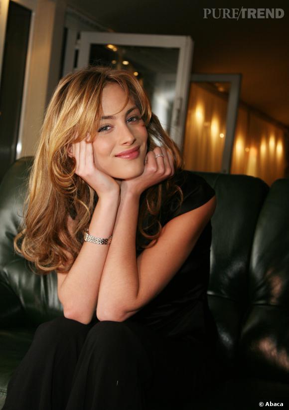 Nora Arnezeder, ce n'est pas qu'un joli minois, bien au contraire ! L'actrice, chanteuse et danseuse a plus d'un tour dans son sac...