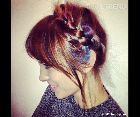 Alexa Chung a testé le Hair Chalk, la nouvelle coloration temporaire de L'Oréal Professionnel.