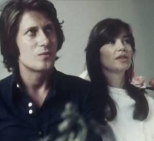 Jacques Dutronc et Françoise Hardy présentent leur fils, Thomas (1973).
