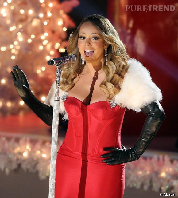 Mariah Carey, la mère Noël sexy, à l'illumination du sapin géant de Rockefeller Center.