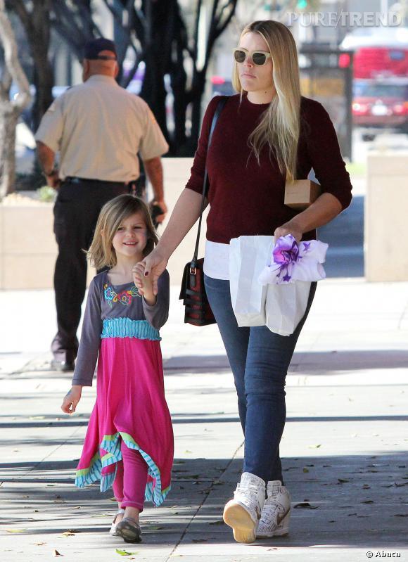 Busy Philipps et sa fille Birdie se promènent dans Los Angeles.