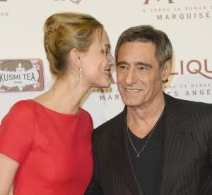 Nora Arnezeder et Gérard Lanvin, aussi complices à l'écran que sur le tapis rouge.
