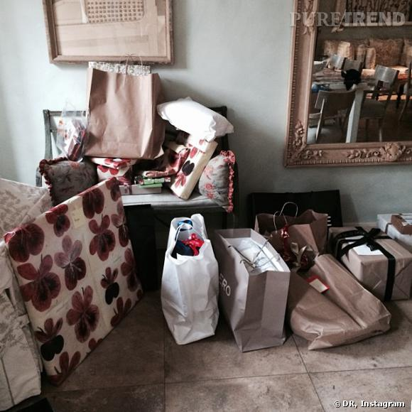 C'est la fille d'Anna Wintour, Bee Shaffer, qui a posté la fameuse photo des cadeaux sans leur sapin.