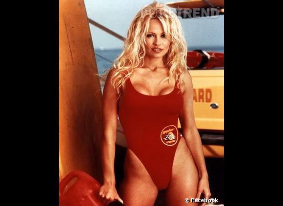 "Pamela Anderson, véritable sexe-symbole dans la série ""Alerte à Malibu"" ?"