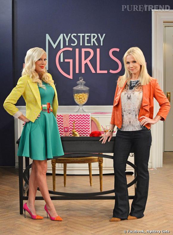 """""""Mystery Girls"""" avec Tori Spelling et Jennie Garth, la nouvelle série des deux ex-copines de la série """"Beverly Hills, 90210""""."""