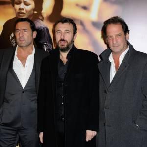 """Gilles Lellouche, Fred Cavayé et Vincent Lindon à l'avant-première de """"Mea Culpa""""."""