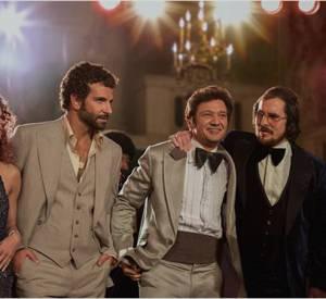 "Jennifer Lawrence, Bradley Cooper, Christian Bale, Amy Adams et Jeremy Renner dans ""American Bluff"", dans les salles mercredi 5 février 2014."