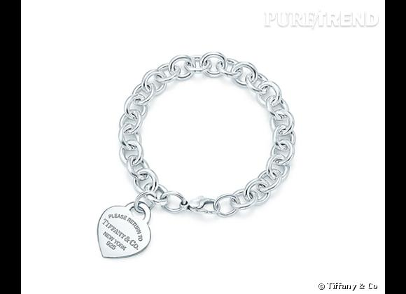 Bracelet Tiffany & Co en argent massif finition émaillée, 320€.
