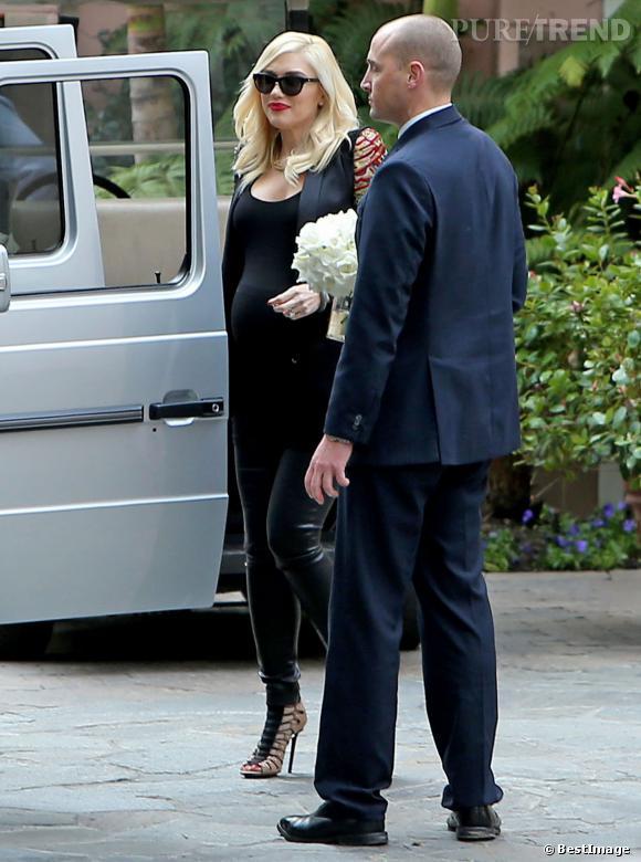 Gwen Stefani arrive à sa baby shower organisée au Bel Air Hôtel.