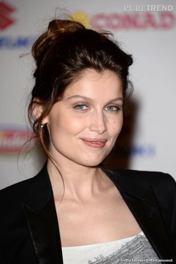 Laetitia Casta à Sanremo le 18 février 2014, mise sur un beauty look très léger.