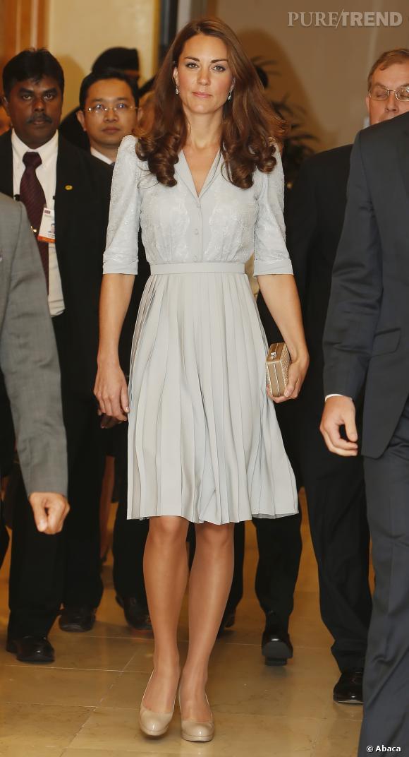 Kate Middleton cache-t-elle un heureux évènement ? Difficile à croire !