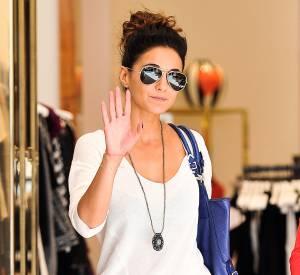 Emmanuelle Chriqui, tendance même lors de ses sorties shopping.