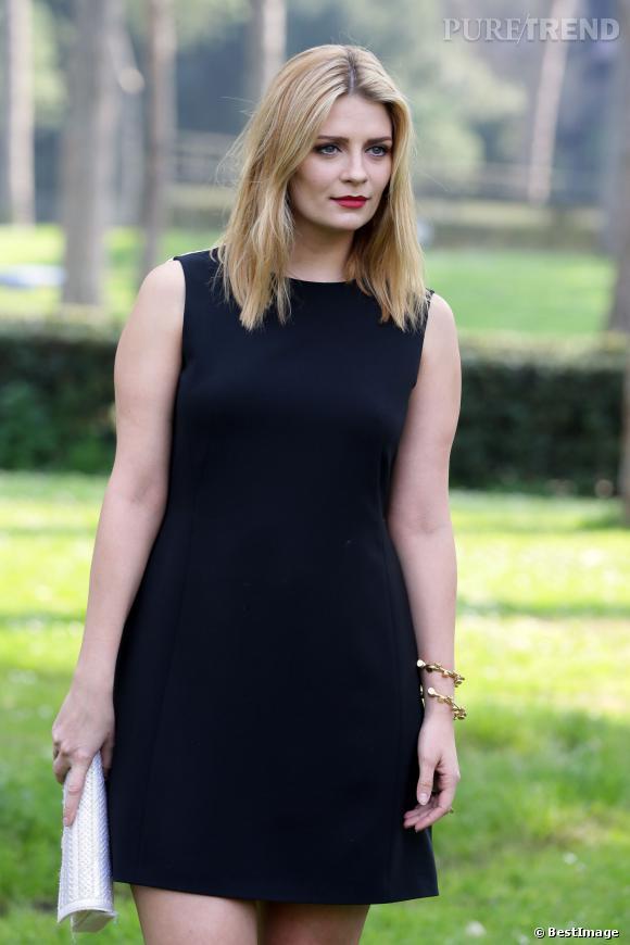 Mischa Barton, divine en robe bicolore et mise en beauté glamoursamedi 15 mars 2014 à Rome.