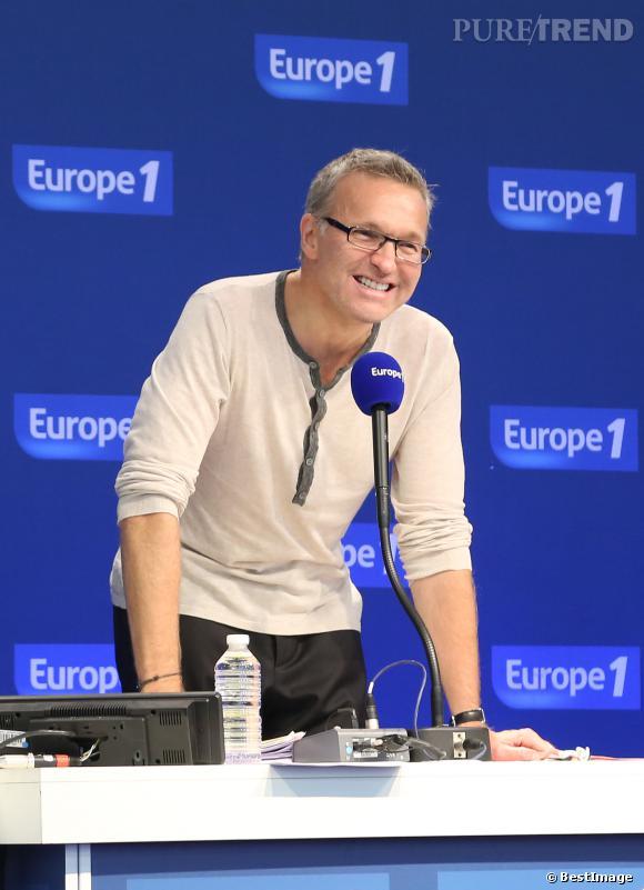 """Laurent Ruquier, après 15 ans au micro d'Europe 1, il quitte la radio en mars 2014 et rejoint RTL pour animer """"Les Grosses Têtes""""."""