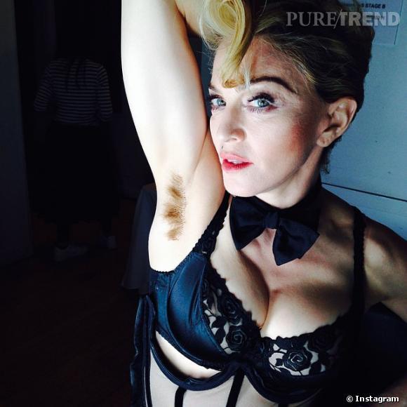 Madonna nous dévoile son dessous de bras en friche sur instagram.