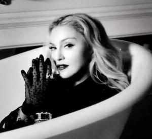 Madonna et son spot arty pour la promotion de MDNA Skin, sa ligne de cosmétiques.