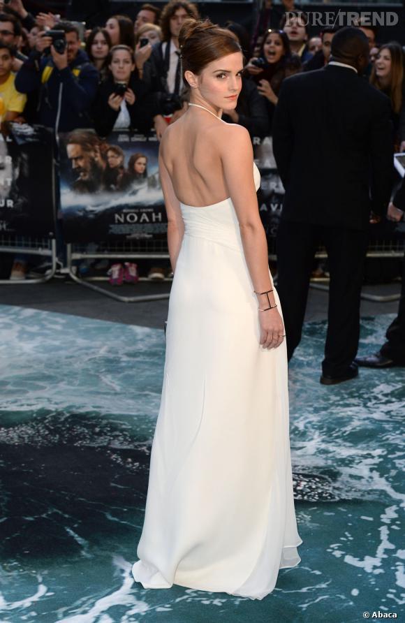 """Emma Watson, virginale et sculpturale à la première de """"Noé""""."""