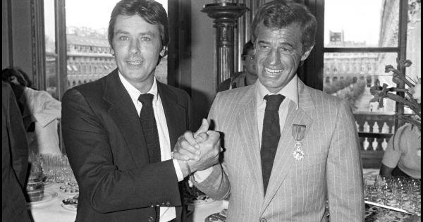 Jean paul belmondo et alain delon en 1980 for Dujardin belmondo