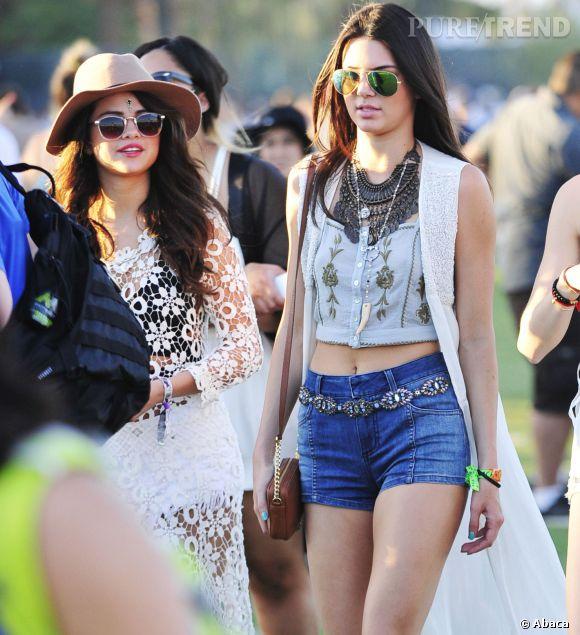 Selena Gomez et Kendall Jenner lors du premier week-end de Coachella à Indio en avril 2014.
