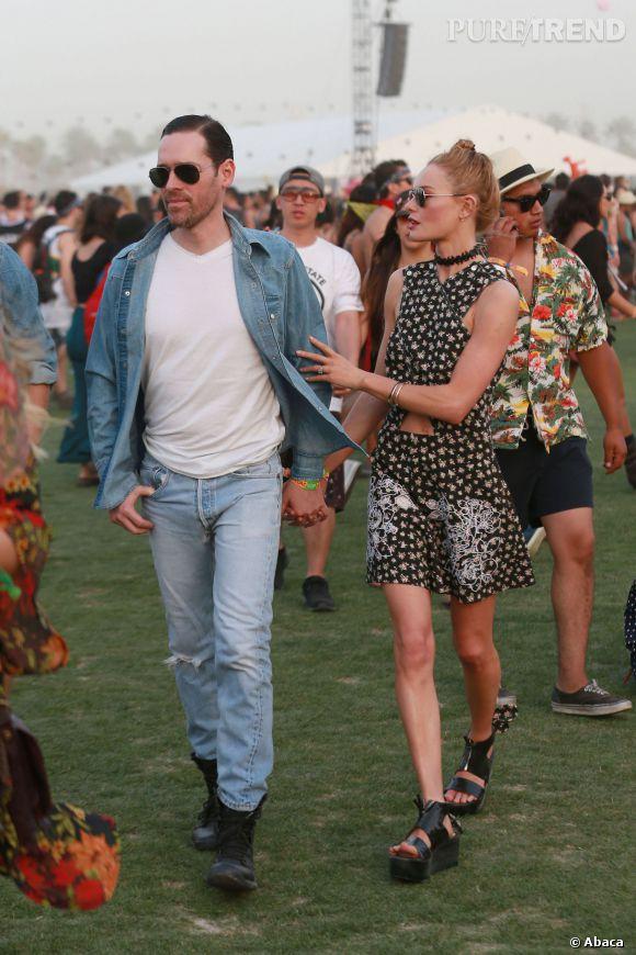 Michael Polish et Kate Bosworth (en Carven) lors du premier week-end de Coachella à Indio en avril 2014.