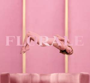 Lea Seydoux, babydoll mise à nue pour le parfum Prada Candy Florale