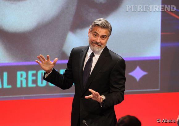 George Clooney, des fiançailles qui le crible (un peu) de dettes.