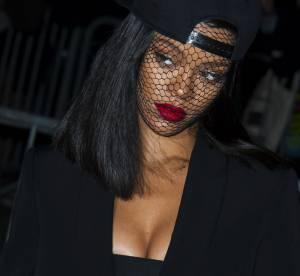 Rihanna nue et censurée par Instagram, elle contre-attaque avec humour