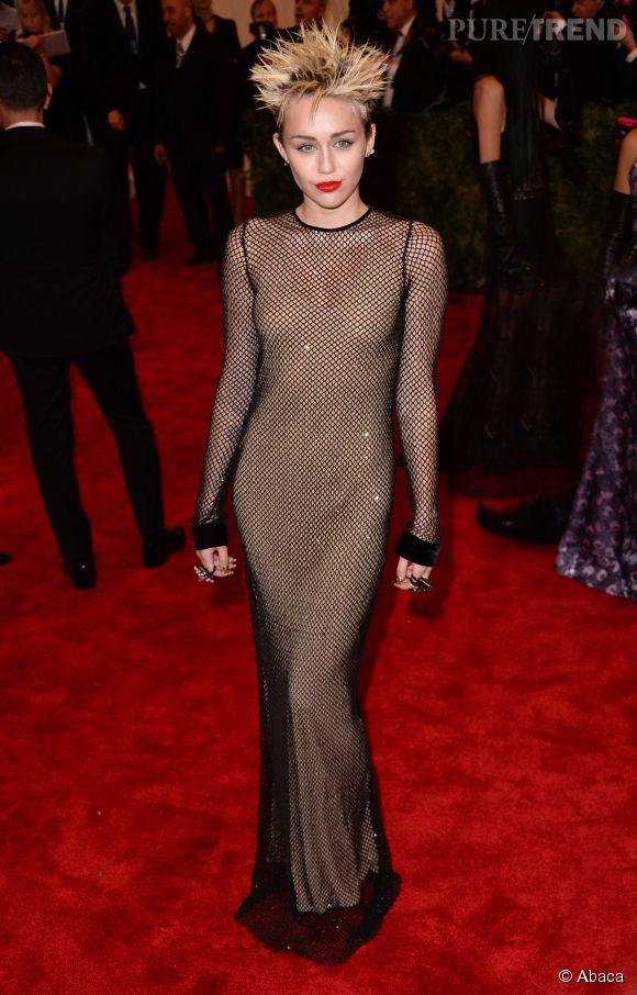 Miley Cyrus lors du Met Ball 2013.