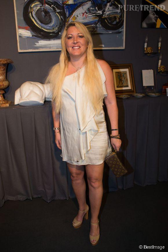 Loana, comparée à Kim Kardashian et à Lindsay Lohan par le NY Mag.