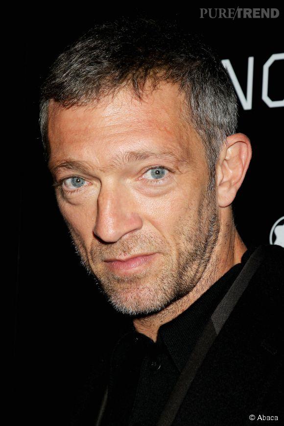 Regard bleu gris et vraie gueule, Vincent Cassel nous scotche avec son charisme. Un vrai mâle à l'écran.