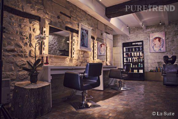 La Suite, un salon intimiste pour une coupe et une couleur sur-mesure.